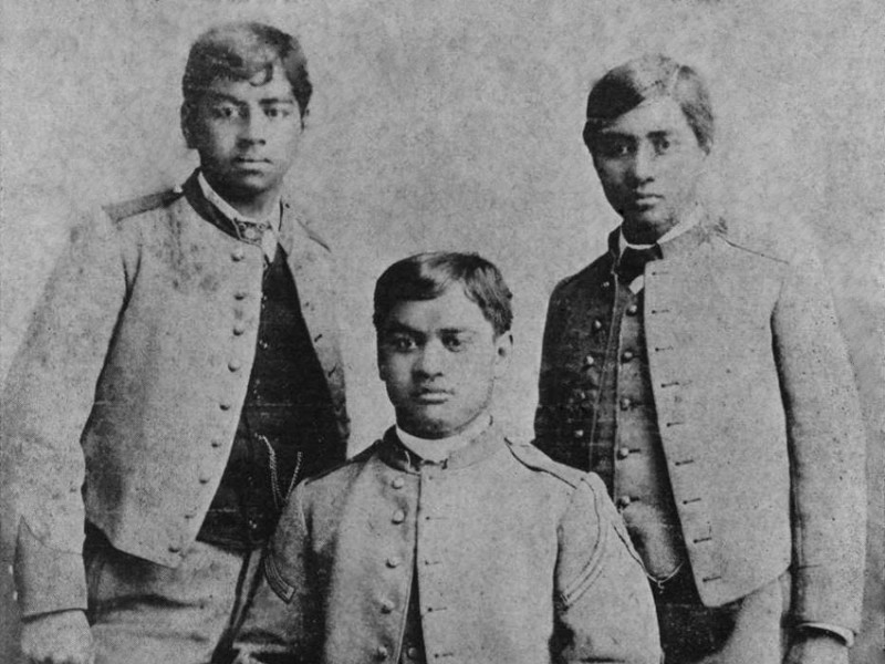 Three_Princes_of_Hawaii_at_San_Mateo_without_caps_(restored)