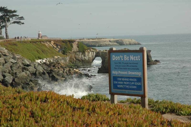 sign west-cliff-natural-bridge