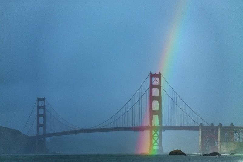 160106-goldengate_rainbow-2082-Ryan_Chachi_Craig
